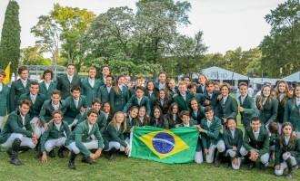 Delegação verde amarela confirmou o favortistimo com 10 medalhas por equipes – 4 de ouro, 4 de prata e 2 de bronze – no Haras El Capricho na Argentina. Brasil vem com tudo rumo às Finais individuais.