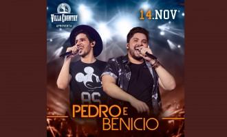 Pedro e Benício animam véspera de feriado no Villa Country