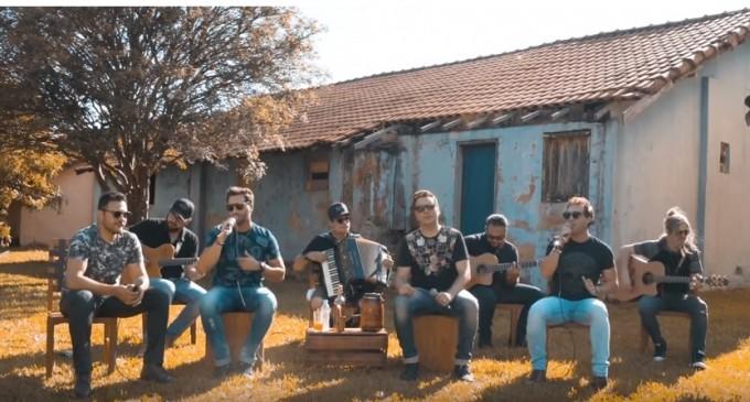 Dupla ribeirão-pretana João Lucas & Matheus lança single e clipe em parceria com João Bosco & Vinícius