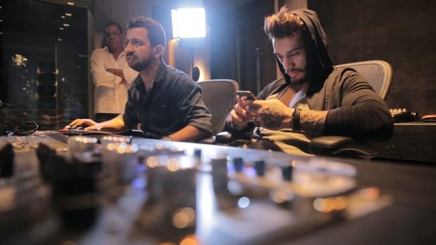 Lucas Lucco lança música com funkeiro Dennis DJ 43