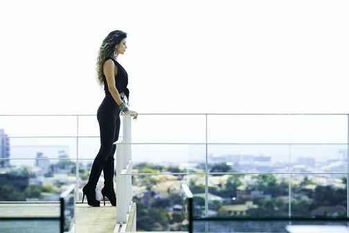 """Prestes a gravar novo DVD, Paula Fernandes lança clipe da música """"Amanhecer"""" 41"""
