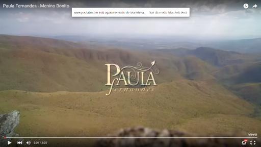 """Sucesso na turnê de Paula Fernandes, a música """"Menino Bonito"""" ganha 'lyric video' dias antes da gravação do novo DVD da cantora mineira. 41"""