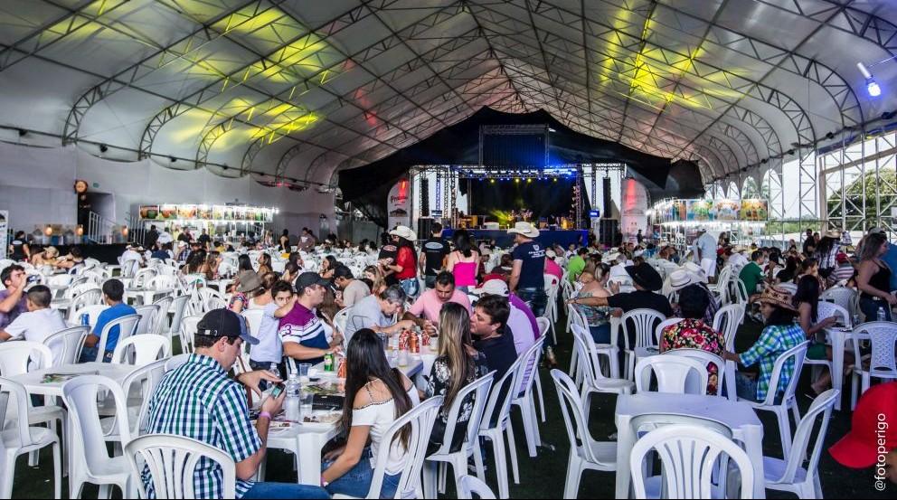 Sumaré Arena Music realiza Queima do Alho no encerramento da festa, dia 17/04 41