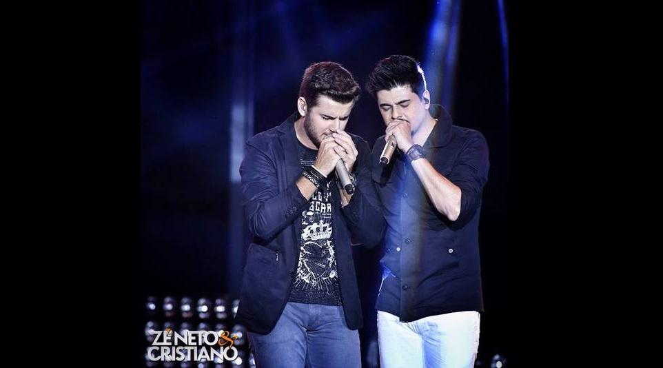 Zé Neto & Cristiano se apresenta na Festa Junina da Portuguesa 41