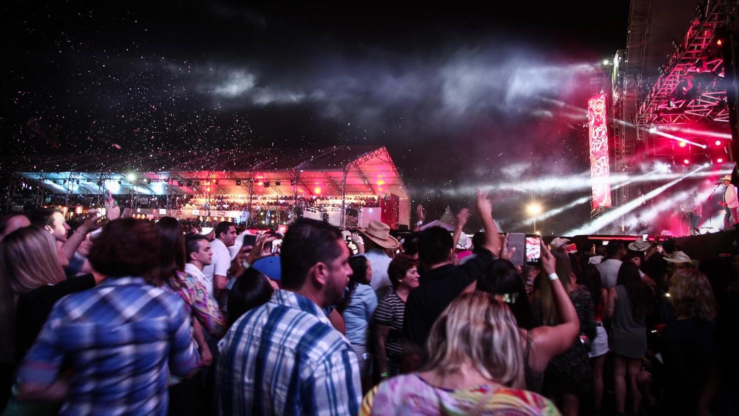 Show de Wesley Safadão é o mais procurado do Jaguariúna Rodeo Festival 2016 41