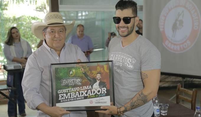 Gusttavo Lima recebe diploma de Embaixador do Rodeio da 62ª Festa do Peão de Barretos 41