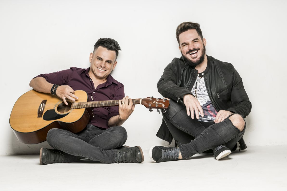 Carlos e Jader se apresentam na Villa Mix, em Goiânia, no dia 04 de agosto 41