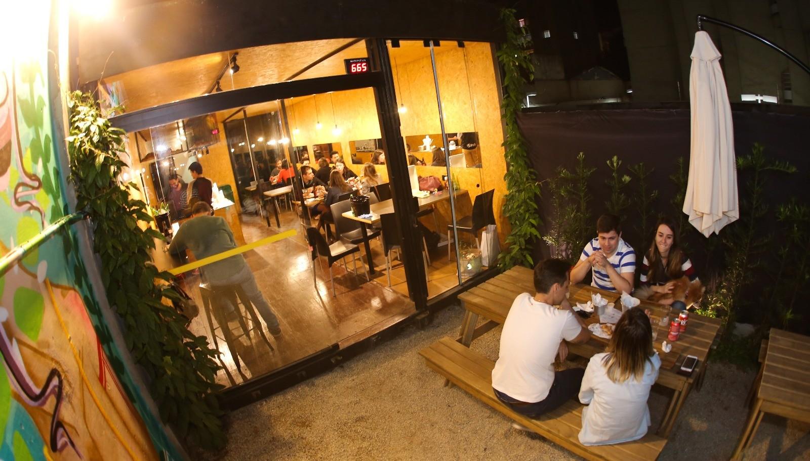 Box St.: Burgers, drinks e jazz em espaço irreverente na Vila Mariana 41