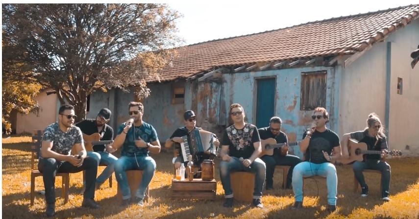 Dupla ribeirão-pretana João Lucas & Matheus lança single e clipe em parceria com João Bosco & Vinícius 41