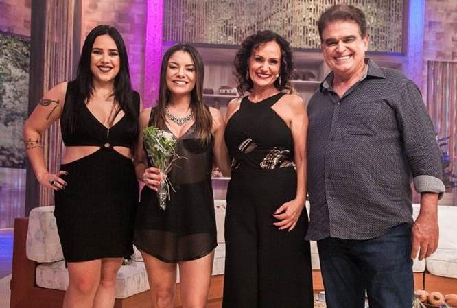 Faa Morena recebe a dupla Day e Lara e Dudu França no Ritmo Brasil deste sábado 50