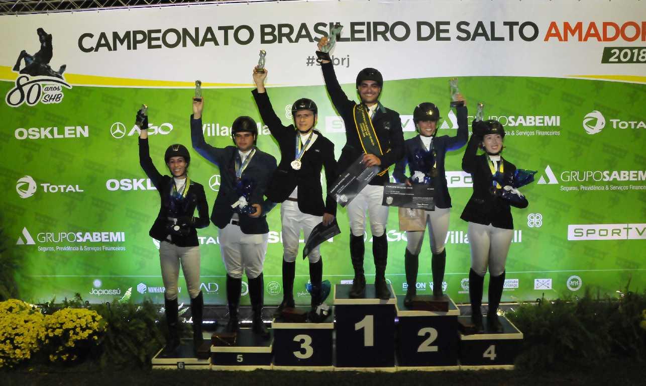 Bernardo Zattar, Fernanda Pereira, Hannelyze Wagner e Nathana Kalil faturam o Brasileiro de Amadores 41