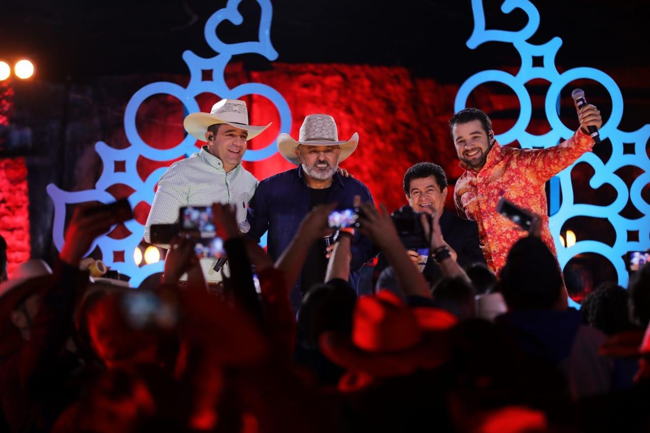 Bimbo & Jhonas gravam DVD com a participação especial de Rionegro & Solimões 41