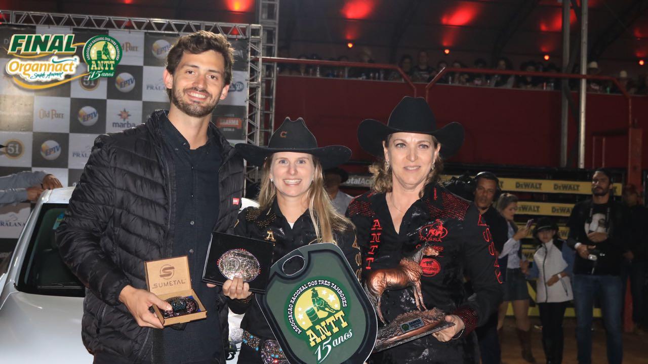 Em noite histórica, Ana Carolina Cardozo leva título do Campeonato Nacional de Três Tambores no JRF 2018 41