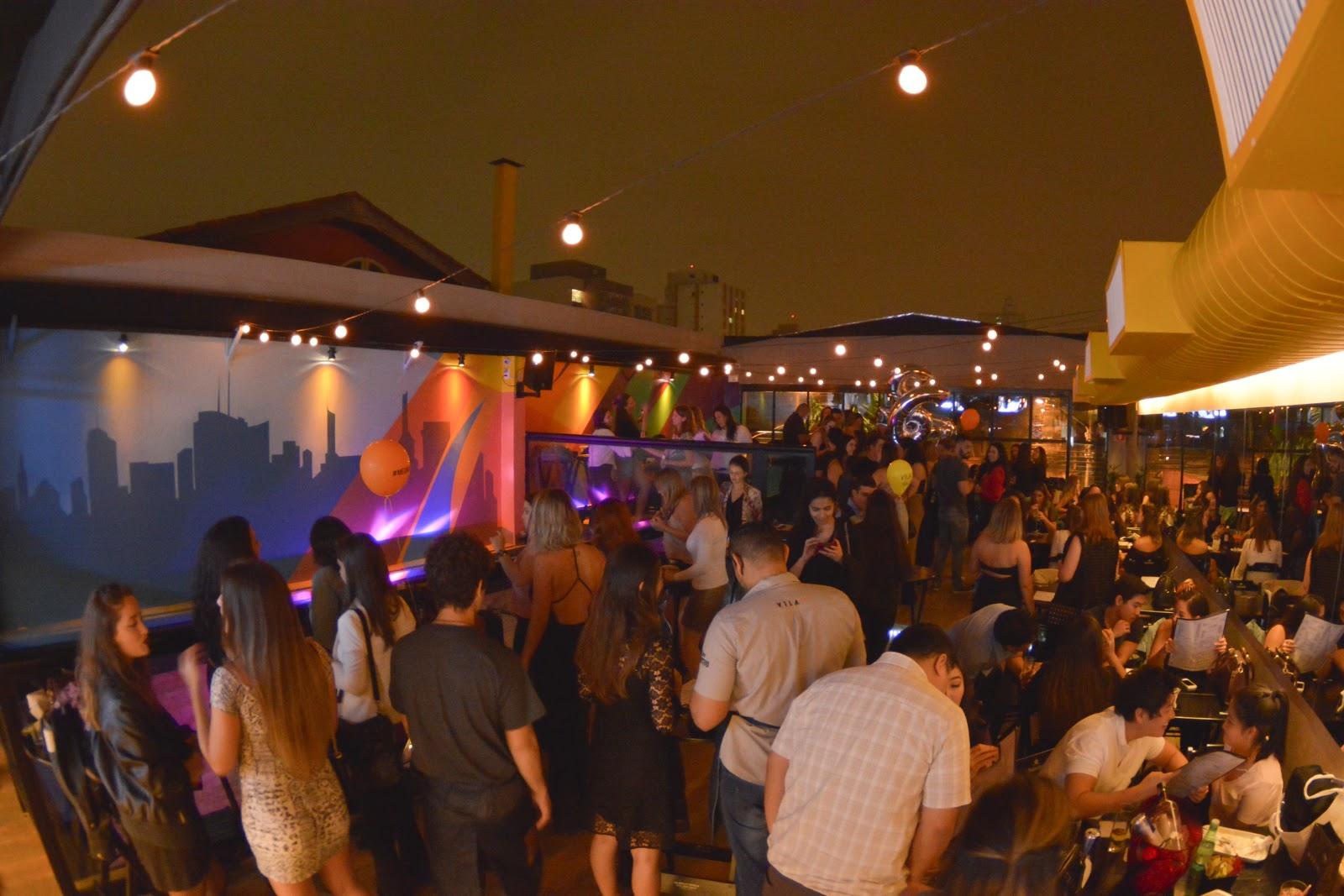 Vila 567 prepara semana especial de Carnaval e transforma seu rooftop em camarote 41