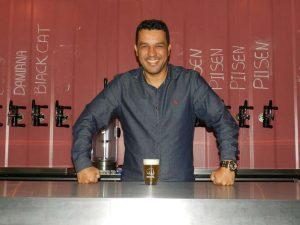 Cervejaria Invicta passa a fabricar e distribuir para a Cervejaria Urbana 42