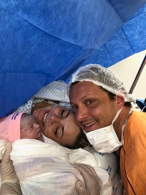 Nasce filha de Eloy Carlone proprietário da Estancia Alto da Serra 41