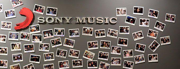 Loja online da Sony Music disponibiliza artigos dos artistas e aproxima ainda mais fãs dos seus ídolos 41