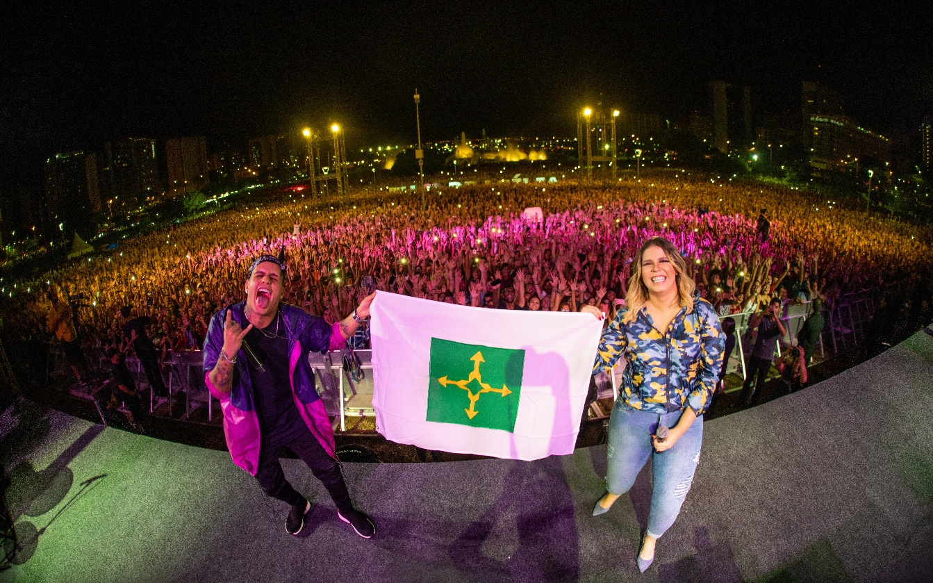 Marília Mendonça lança vídeo e parceria inusitada com Gaab 41
