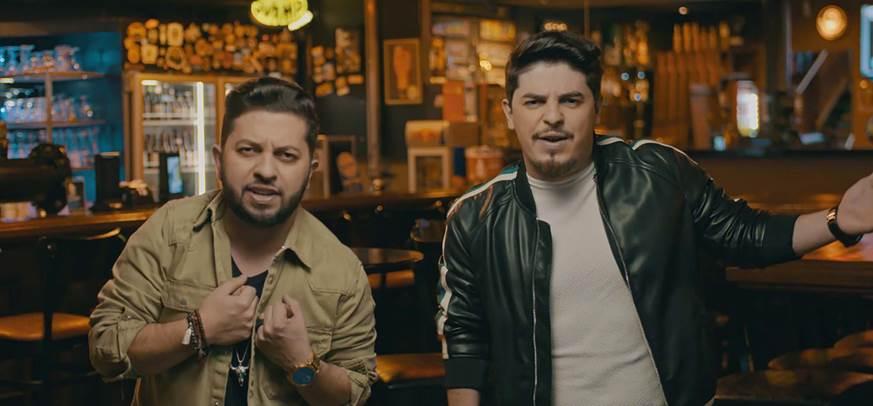 Júnior & Cézar lançam videoclipe da canção 'Das Duas Uma' 41