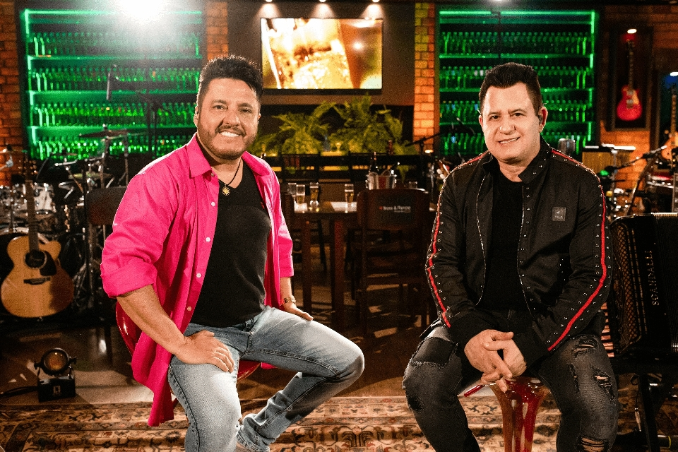 """""""Show de Recaída"""", de Bruno e Marrone, está há 10 semanas entre as músicas mais tocadas nas rádios 41"""