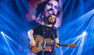 O cantor e compositor Raffa Torres é o novo cliente da Novità Comunicação 42