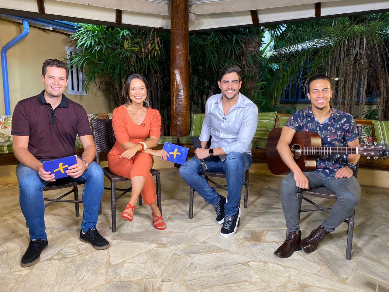 """Danilo Bottrel canta seus maiores sucessos no programa """"Mais Caminhos"""" deste sábado (28) 41"""