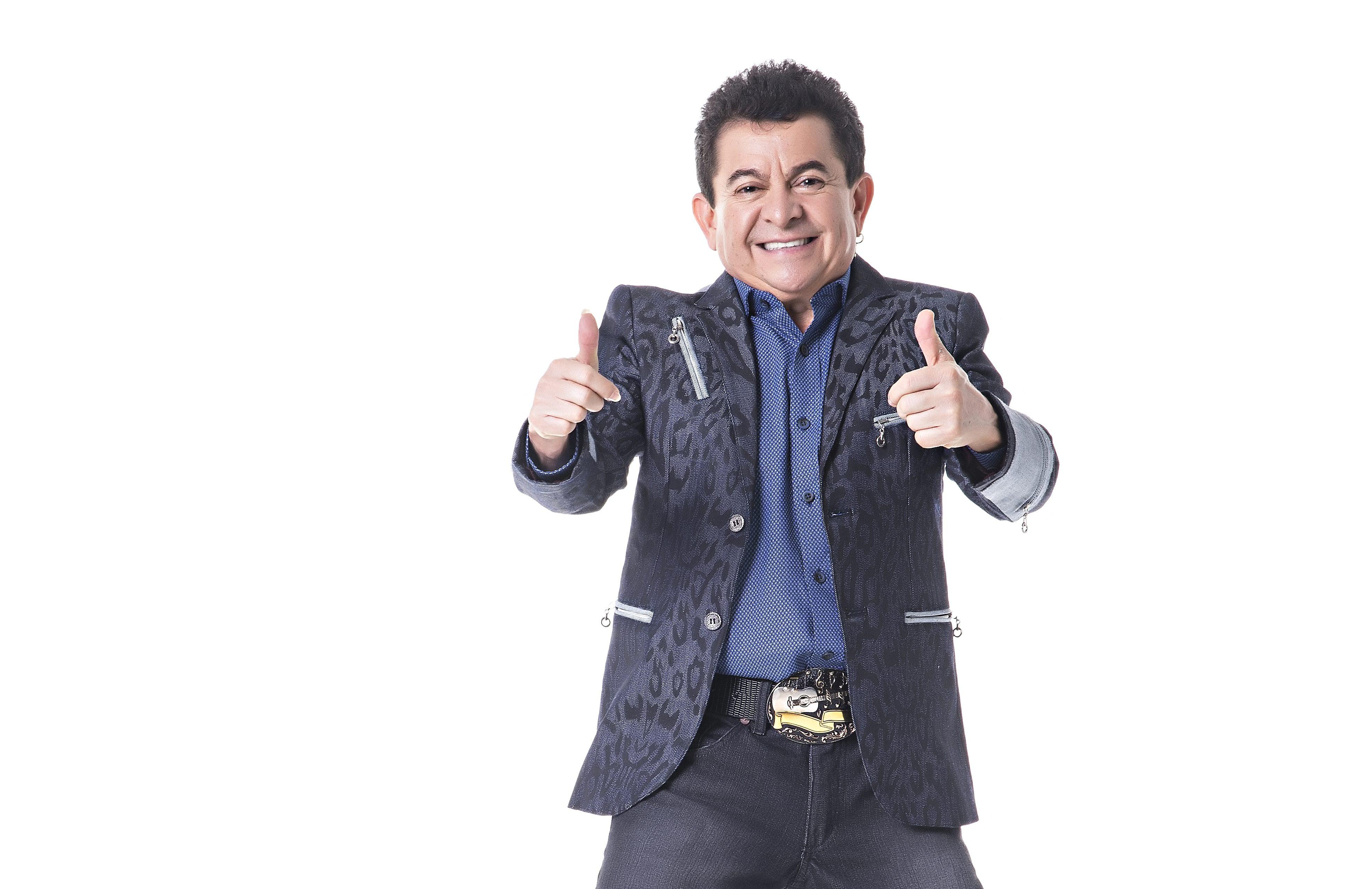 Cantor Solimões comemora aniversário no próximo domingo 41