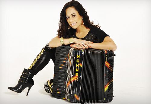Adriana Sanchez e a dupla Day e Lara fazem show exclusivo para o Aparecida Sertaneja 42