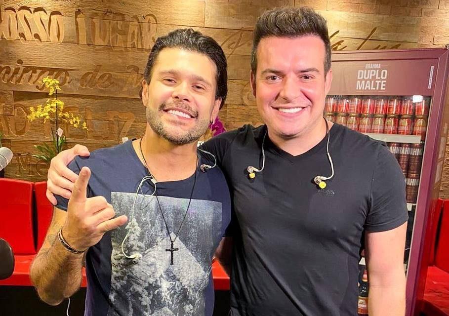 Marcos e Belutti fazem 3ª edição da #LiveM&B em cenário com vista privilegiada da cidade de São Paulo 41