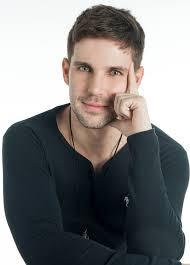 Cantor sertanejo Marcel Kogos participa de live hoje (28) 42