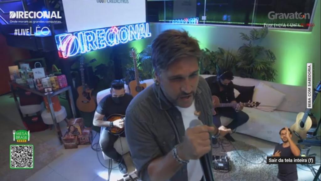 """Léo realiza live """"Lá Em Casa"""" neste sábado, a partir das 16h30 42"""