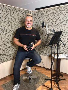 LIVE deste sábado na TV Aparecida é sertaneja com Odair Terra 42