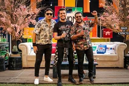 """Luan Estilizado celebra mais de oito horas de live show, com a segunda edição do projeto """"À vontade"""" 42"""