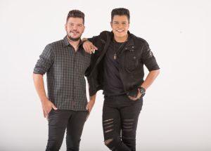 """Paulo e Nathan lançam """"Quando é Amor"""" para celebrar o Dia dos Namorados 42"""