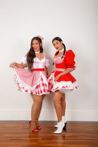 Simone e Simaria alcançam 1° lugar no Youtube com live junina ao lado da família 42