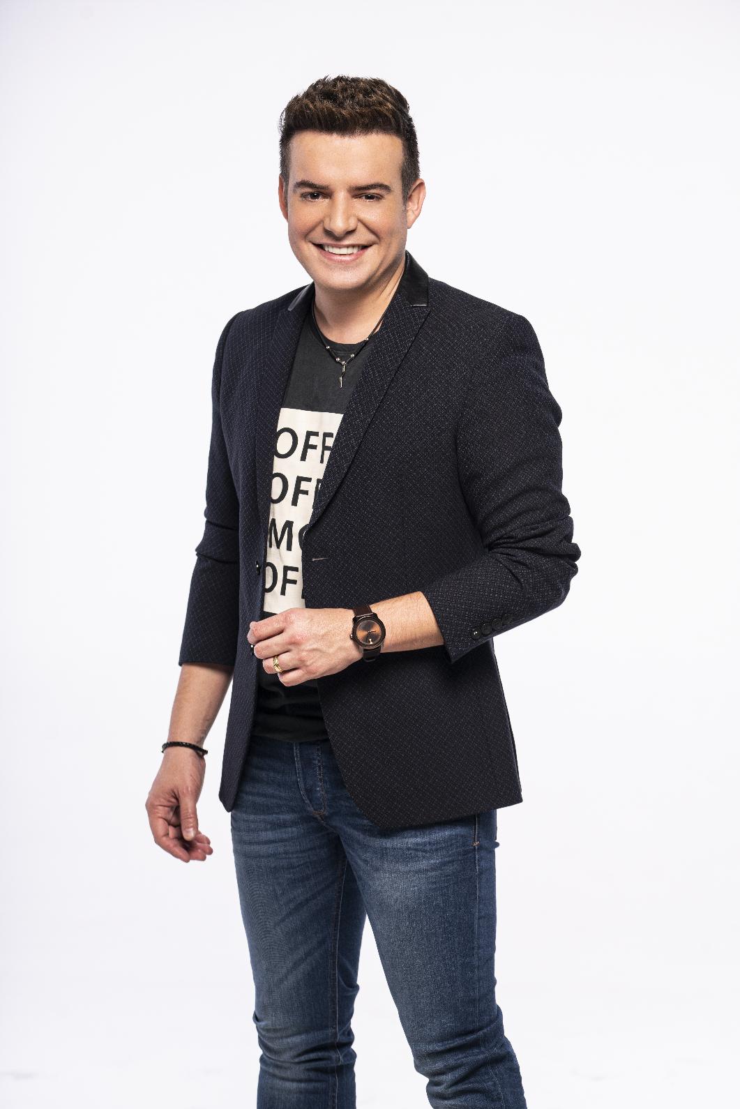 Belutti estreia como apresentador no 'Arena Brahma' 42