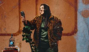 Yasmin Santos lança primeiro clipe de trilogia 11
