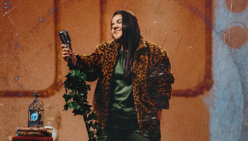 Yasmin Santos lança primeiro clipe de trilogia 41
