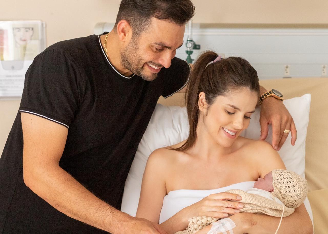 Nasce José, primeiro filho do cantor Mano Walter com esposa Débora Silva 41