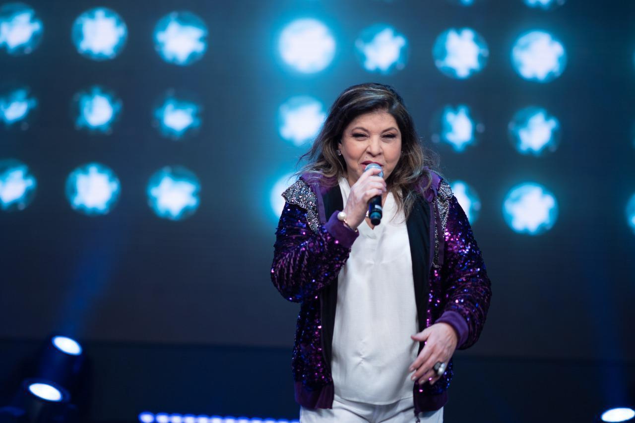 Roberta Miranda agita live na Band e já recebe convite para nova transmissão na TV aberta 42
