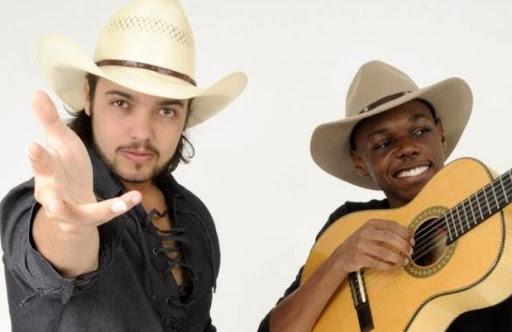Lucas Reis e Thacio participam do Villa Mix em Casa Modão 3 41