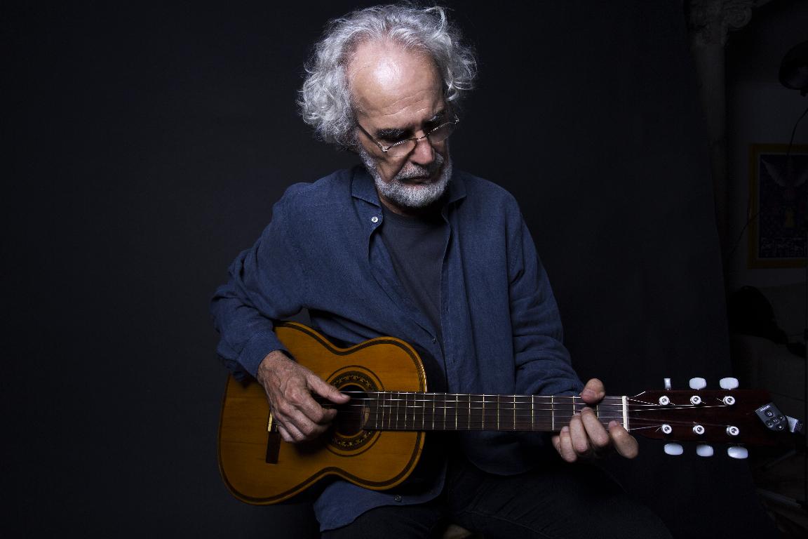 Renato Teixeira faz live especial e comemorativa neste sábado (03) 42