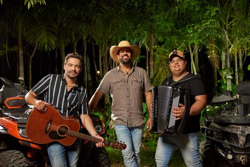 Fernando e Sorocaba e Tarcísio do Acordeon se unem em novo single 41
