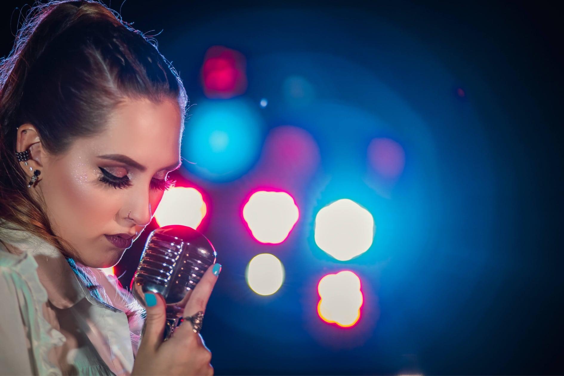 Carol Franco lança sua primeira música autoral 41