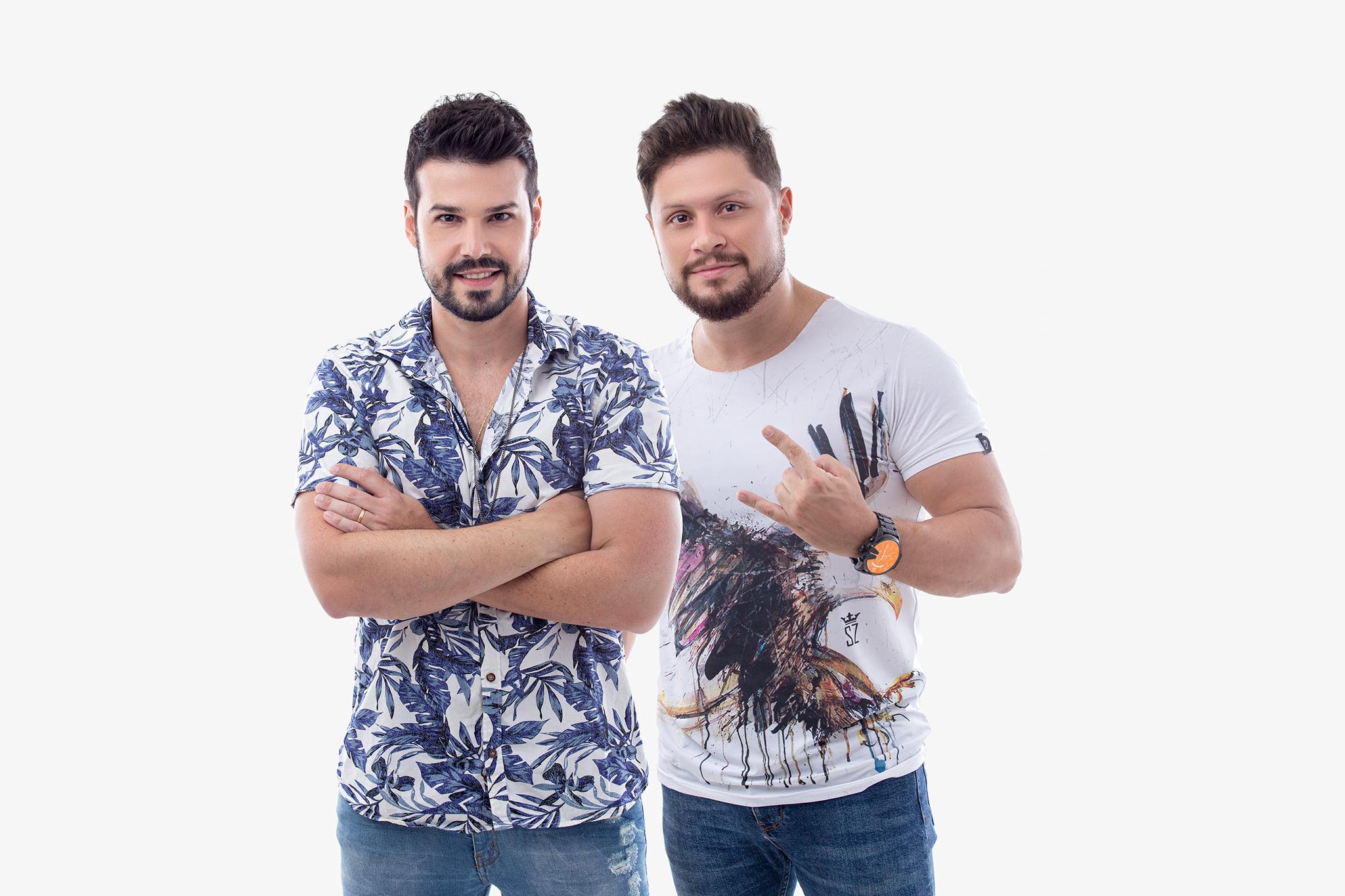 """Bruno di Marco & Cristiano lançam a música """"Tô virado"""" 42"""