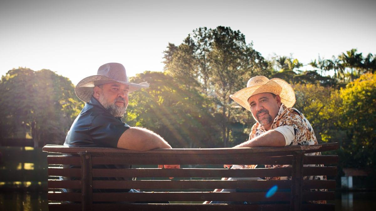 Pedro e Paraná mostram irreverência em novo EP 41