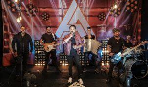 """Adriano Almeida divulga a música """"Vai ser foda"""" 6"""