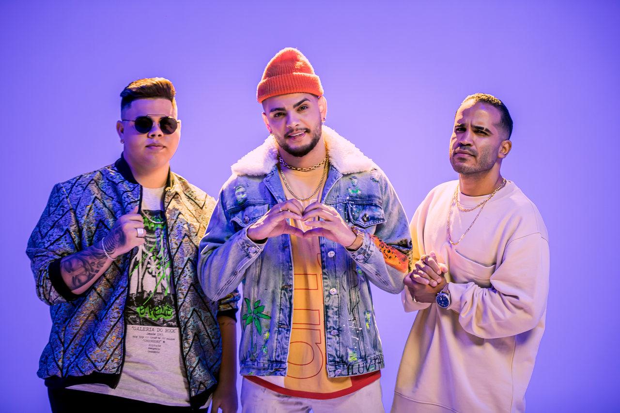 """Rogerinho estreia parceria com MC MW e DJ Pernambuco em single """"DEVAGARINHO"""" 41"""