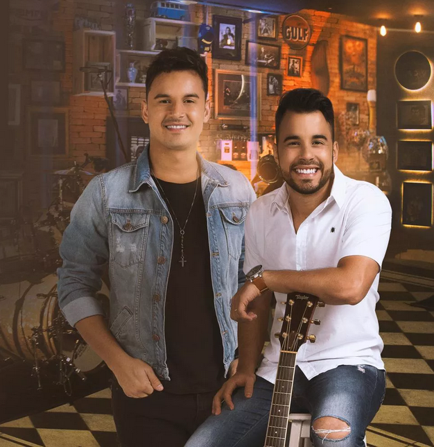 Clayton & Romário liberam dois clipes do EP O Melhor das Lives 42