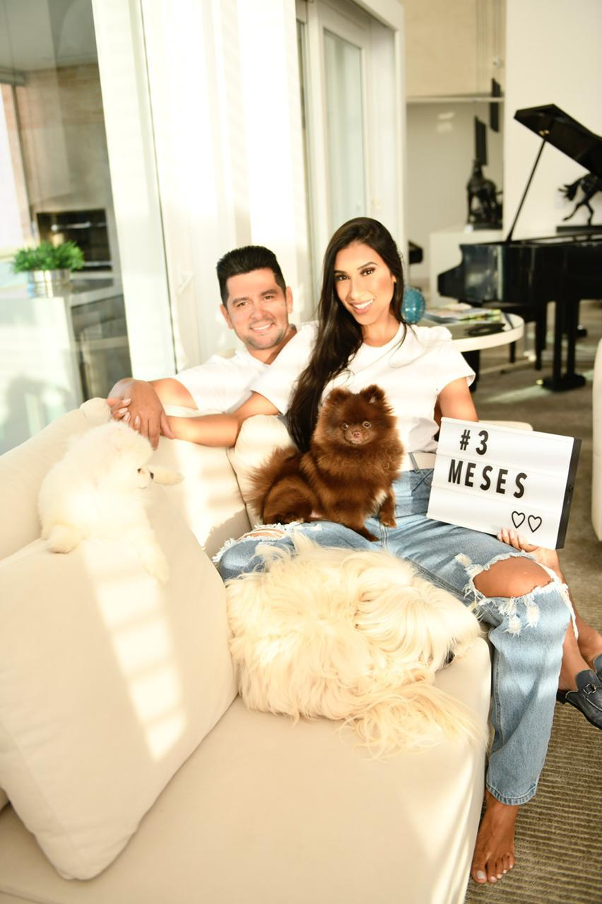 Cantor Léo Magalhães e esposa Josi Neves anunciam gravidez 43
